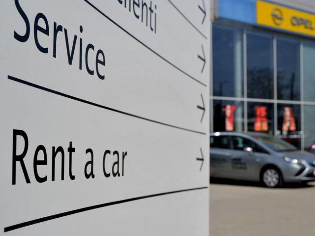 Rentissimo Rent a Car Brașov