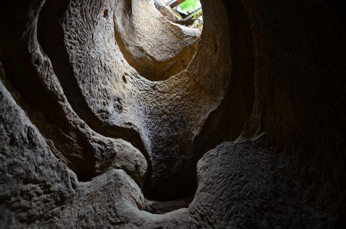 templul ursitelor de la sinca veche horn