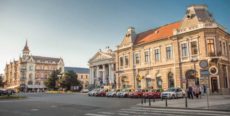 Piața Ferdinand – o cutie de bijuterii - Ghid Local Oradea